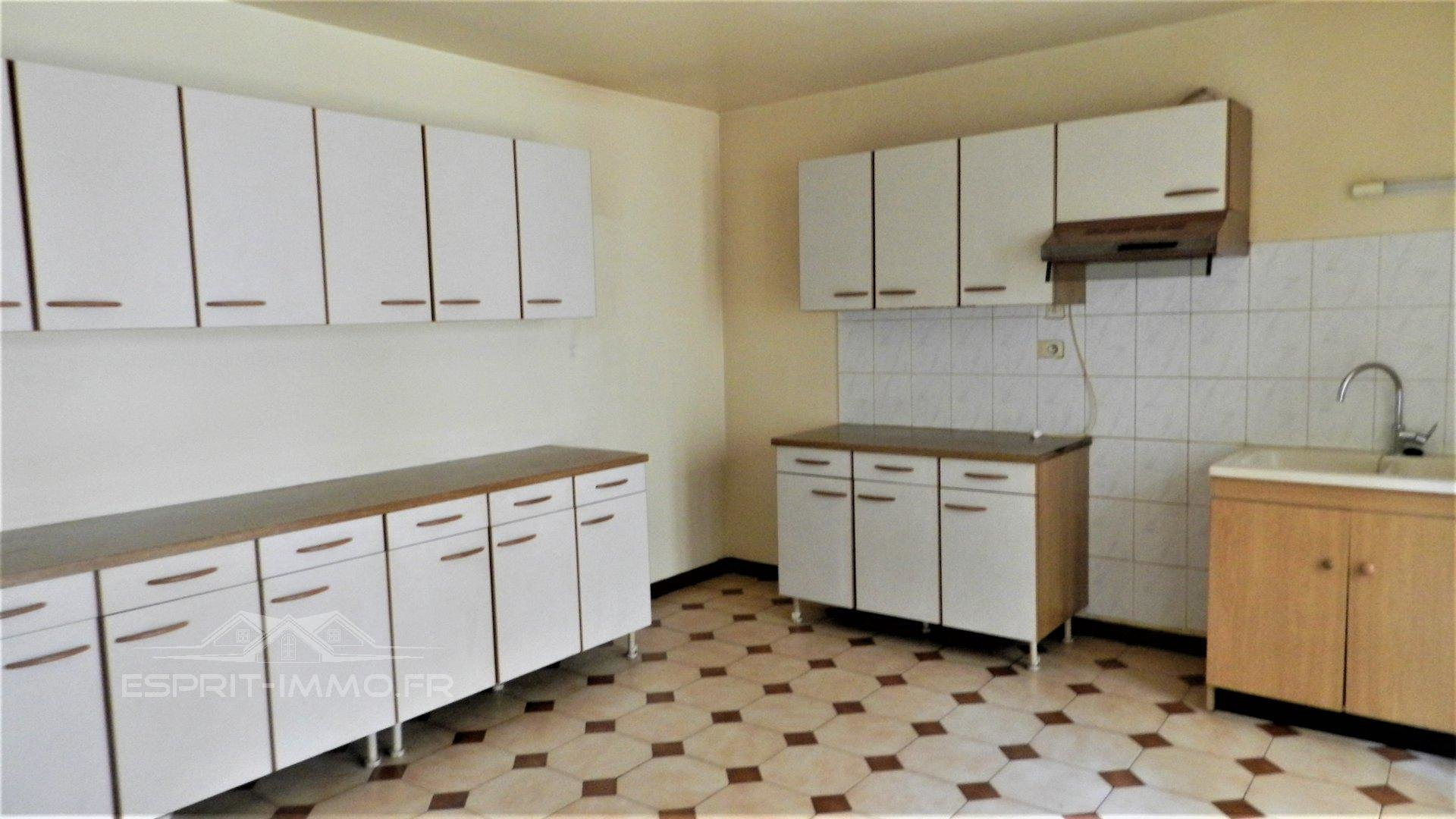 property_areas:3 property_flooring:2 general:13